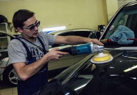 Круговая полировка кузова, Ceramic Pro и светодиоды в Toyota LC200