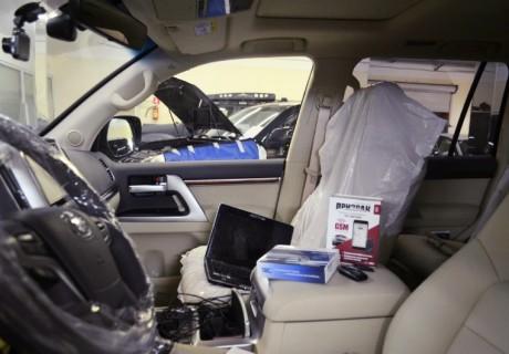 Призрак 840 с автозапуском на Toyota Land Cruiser 200