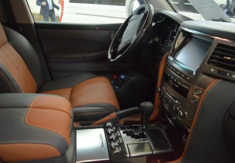 Перешив салона Lexus LX570 в рыжий цвет
