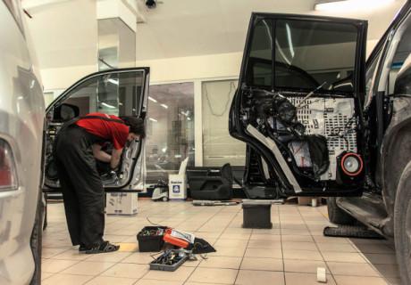 Масштабное дооснащение Toyota LC200