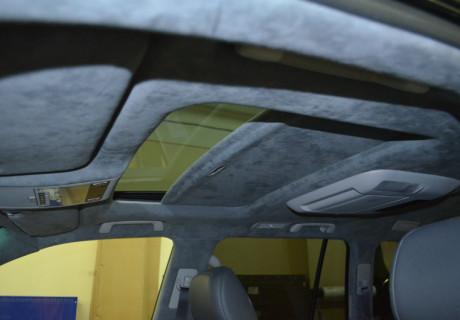 Перетяжка потолка алькантарой в Лексус LX 570